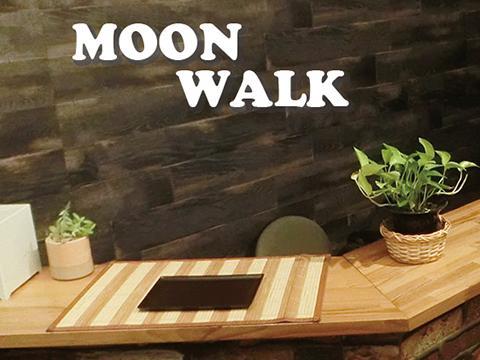日本人セラピストフットリラク Moonwalk
